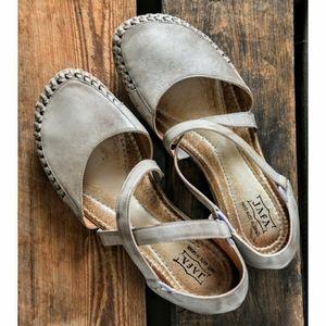 JAFA Sandals Moccs size 40/9